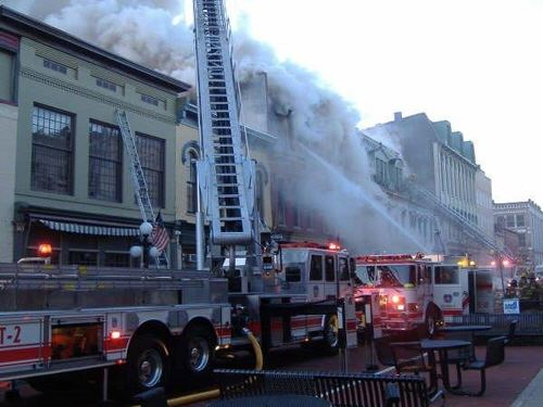 2007 Frankfort Fire Department puts out downtown fire